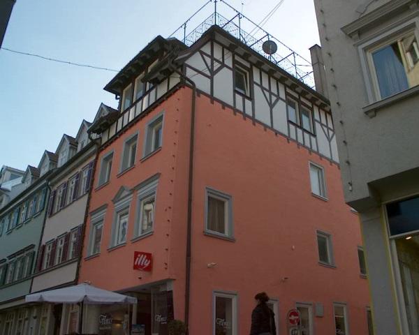 Fassadengestaltung Wohn- und Geschäftshaus